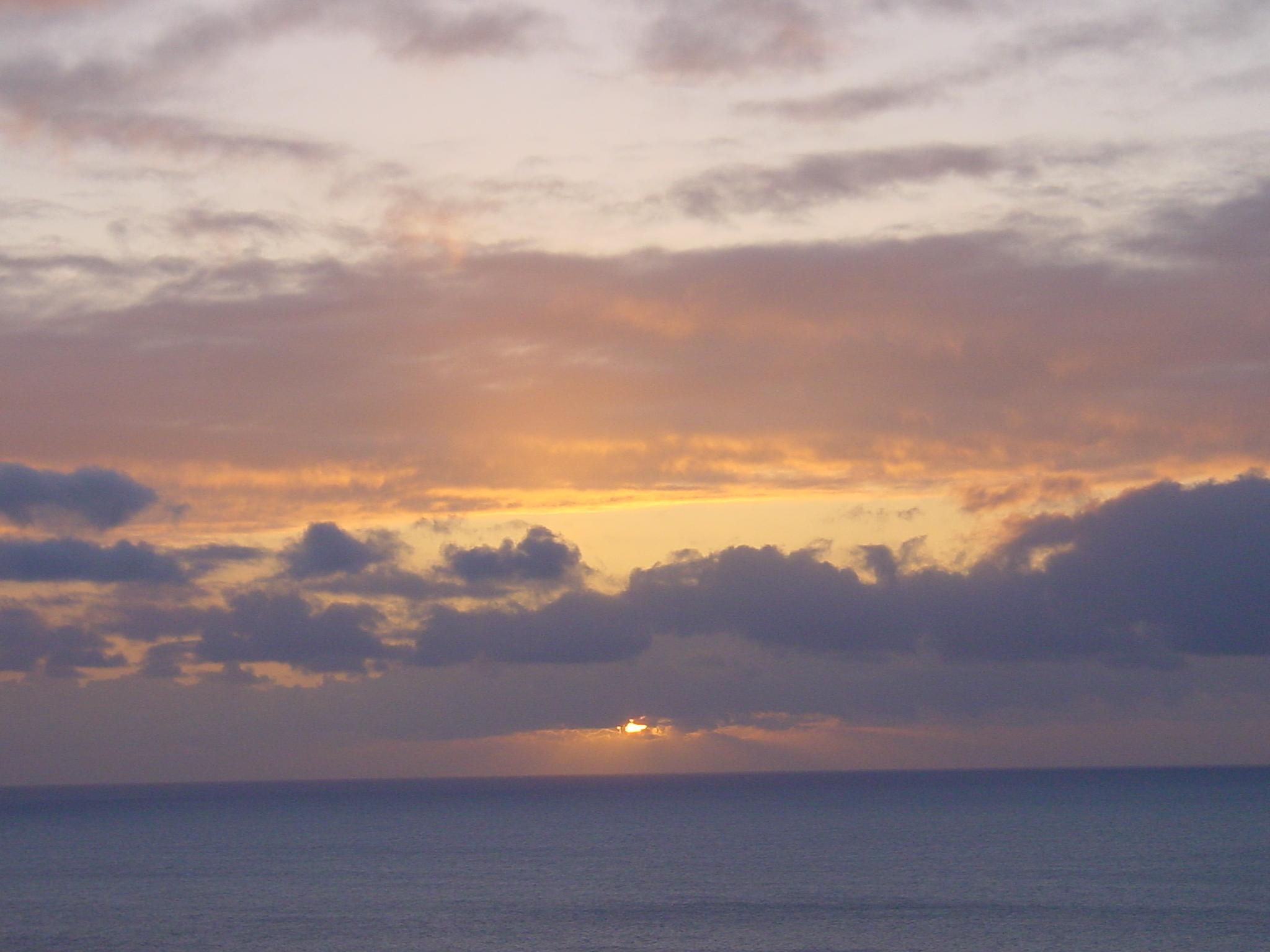 OAHU SUNSET~1.JPG